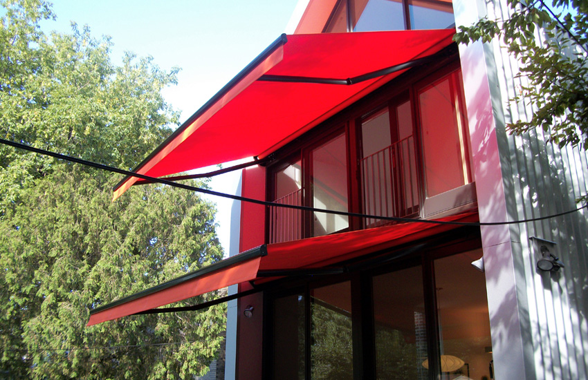 Black frame red awning